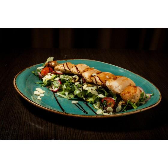 Стейк-салат с куриной грудкой